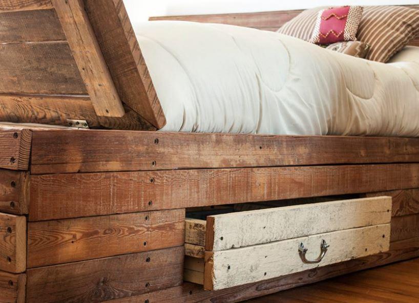 Ideas para decorar reciclando Cama con maderas de palets reciclados