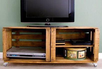 Ideas para decorar reciclando. Mueble con cajas de madera.