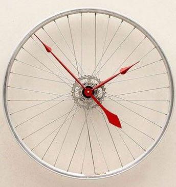 Ideas para decorar reciclando Reloj con rueda de bicicleta reciclada