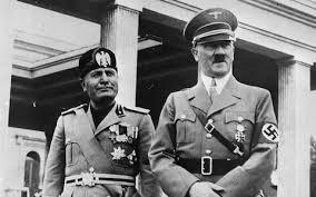 Benito Mussolini con Adolf Hitler