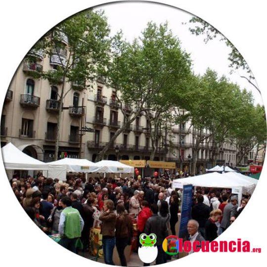 La Rambla de Barcelona durante el Día de Sant Jordi
