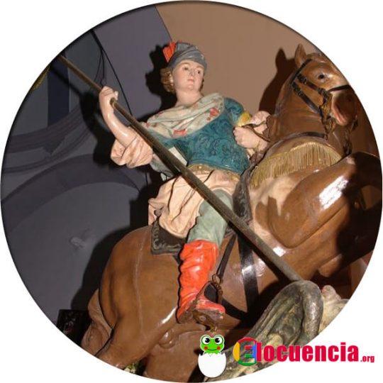 Talla de Francisco Salcillo en la que se representa a San Jorge luchando con el dragón.