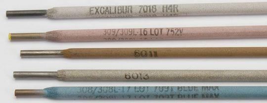 imagen de 5 tipos de electrodos revestidos para soldar