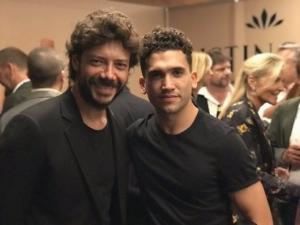 Jaime Lorente e Álvaro Morte