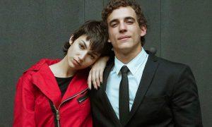 Imagen en la que aparecen Úrsula Corberó y Miguel Herránde la serie La Casa de Papel